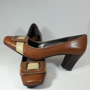Brown leather naturalizer heels